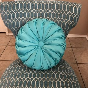 Other - Tufted Round Teal Accent Pillow